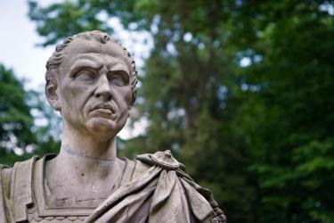 julius-caesar-bust